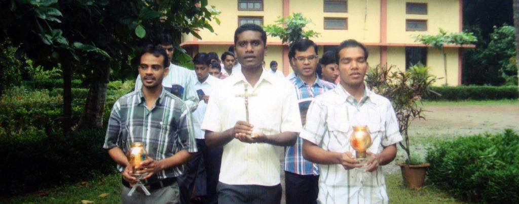 Indien: Ausbildungshilfe für 31 angehende Priester