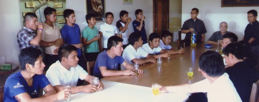 Peru: Ausbildungshilfe für angehende Priester