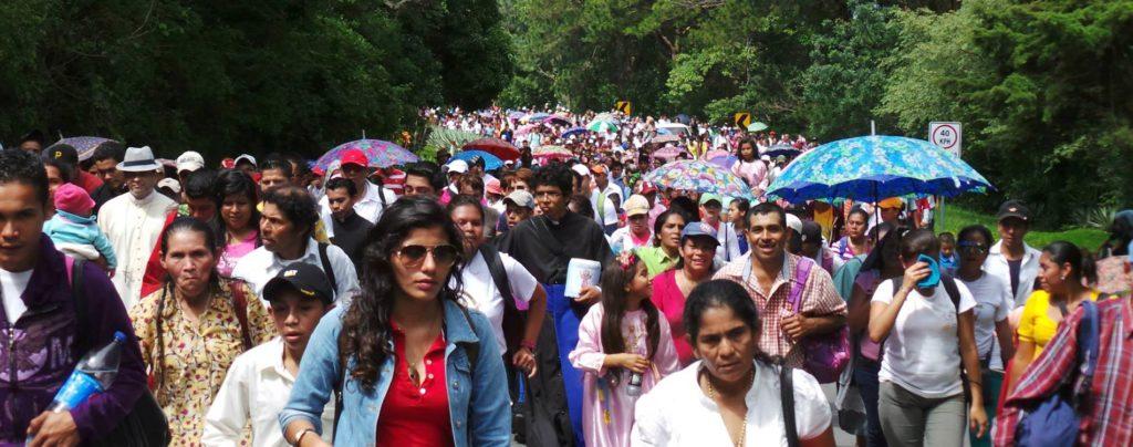 Geistliche und Gläubige in Nicaragua von Militärs attackiert