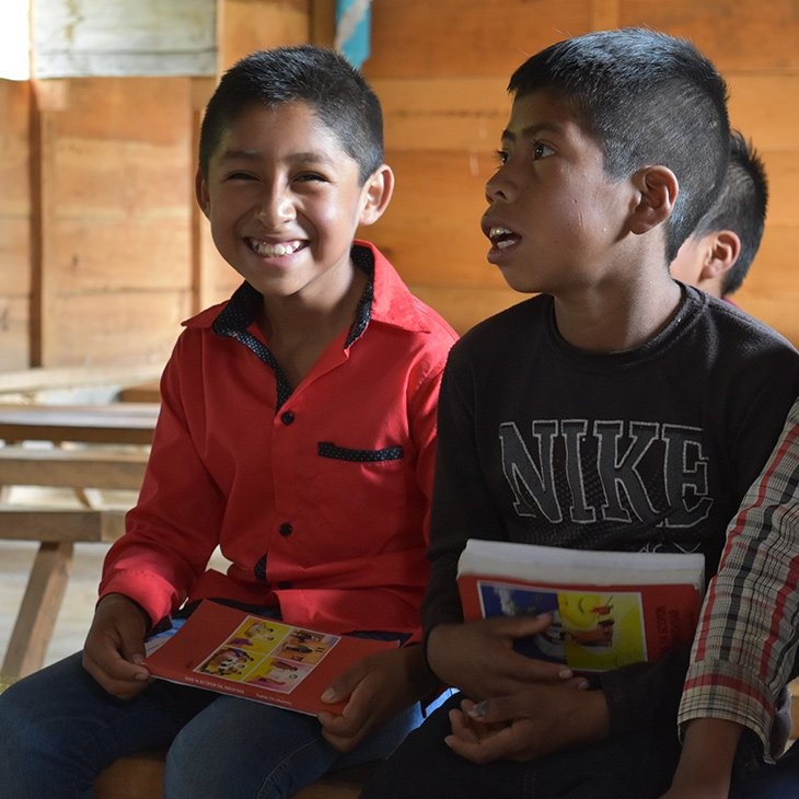 11-10-2018-Mexiko-Kinderbibel-Uebersetzung-Indianische-Sprache_KIRCHE-IN-NOT(1)
