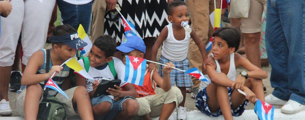 """""""Wir auf Kuba öffnen Fenster, wo Türen zugeschlagen werden"""""""