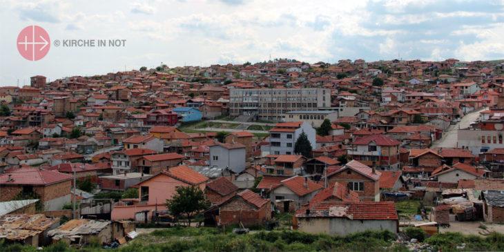 Roma leben in vielen Gemeinden Bulgariens in abgetrennten Wohngebieten.