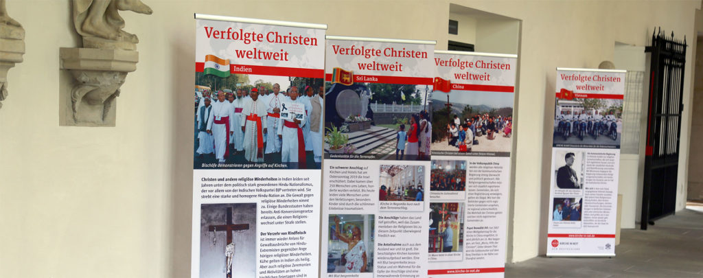 "Wanderausstellung ""Verfolgte Christen weltweit"""