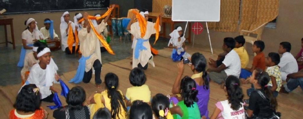 Indien: Bau einer Kapelle und Priesterwohnung