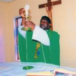 Helfen Sie Priestern weltweit