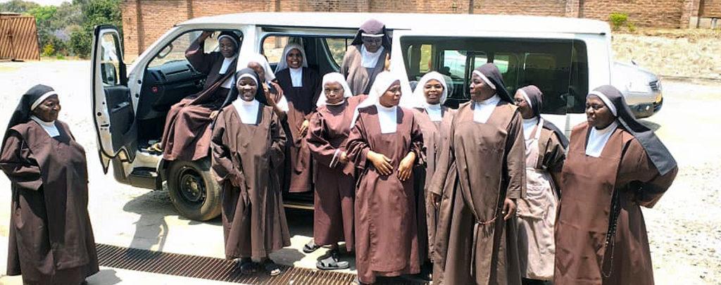 Malawi: Ordensschwestern danken für ein neues Fahrzeug