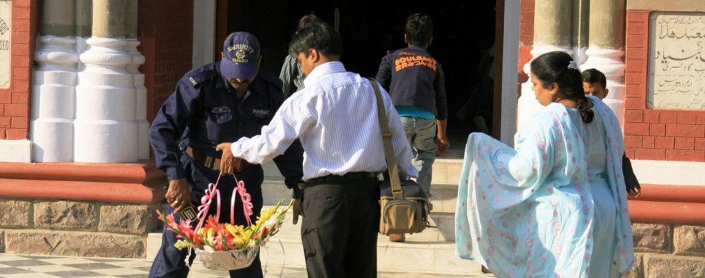 Pakistan: Katholiken engagieren sich vor Ostern für Sicherheit ihrer Kirchen
